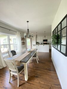 Trim Painting, baseboard painting, wood painting